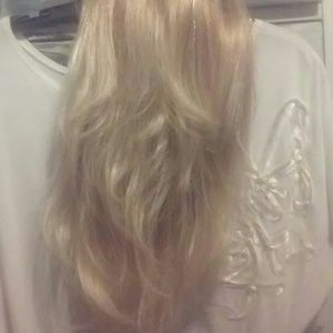 beautiful 17' blonde hair extension